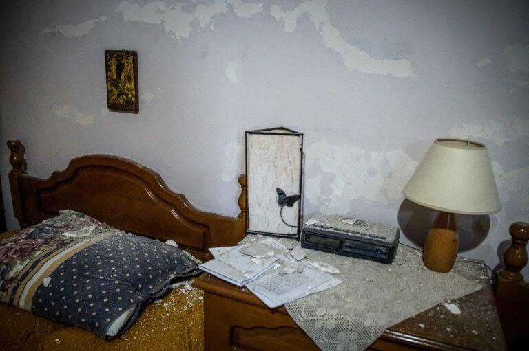 Σεισμός στην Πρέβεζα: Ρωγμές σε σπίτια και σχολεία – Οι πρώτες εικόνες μετά τα 5,2 Ρίχτερ [pics]