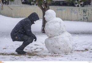 """Καιρός: """"Παγώσαμε""""! -10.8 βαθμοί Κελσίου, θυελλώδεις άνεμοι και χιόνια!"""