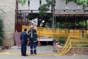 Τρεις μαθητές νεκροί από κατάρρευση πεζογέφυρας στη Νότια Αφρική