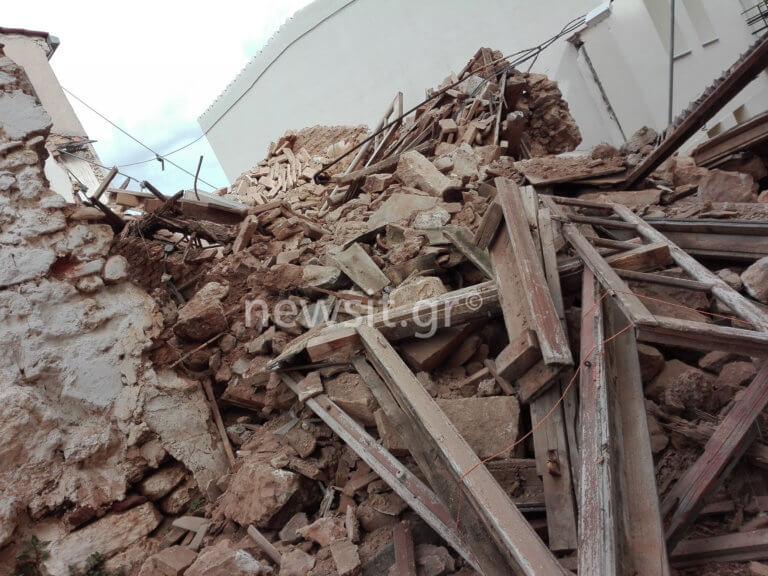 Έτσι κατέρρευσε το σπίτι στην Πνύκα – Είχαν καλέσει το δήμο αλλά…