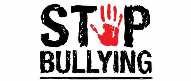 «Δεχόμουν bullying γιατί ήμουν ένα διαφορετικό παιδί! Με ξεφωνίζανε με διάφορα επίθετα»