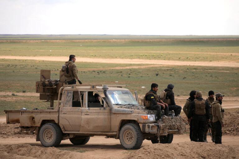 Συρία: «Σύντομα θα ανακοινωθεί η νίκη επί του ISIS» διαμηνύουν οι σύμμαχοι των ΗΠΑ | Newsit.gr