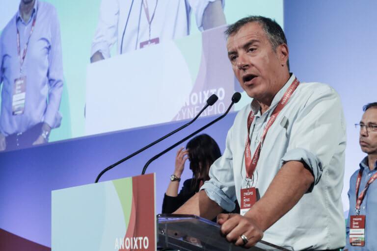 Θεοδωράκης: Δεν μπορεί κόμμα να έχει κοινοβουλευτική ομάδα με τρεις η με δανεικούς βουλευτές | Newsit.gr