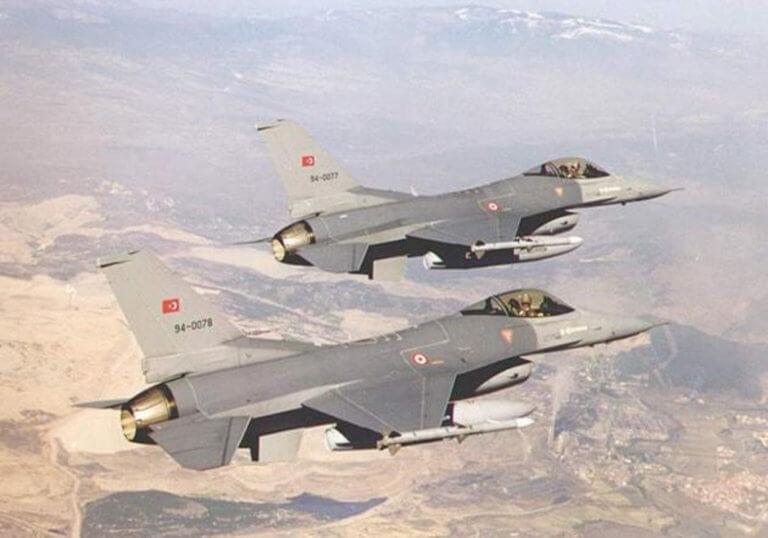 Διψήφιος αριθμός παραβιάσεων από τουρκικά F-16 στο Αιγαίο μετά τα…χαμόγελα Ακάρ – Αποστολάκη | Newsit.gr