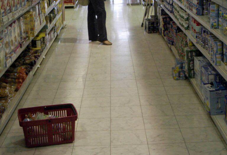 Χίος: Διατροφικές βόμβες με αποδείξεις – Άσχημα παιχνίδια στις πλάτες καταναλωτών!