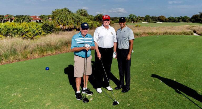 Τραμπ: Αφού δεν πήγε Φλόριντα είπε… να το ρίξει στο γκολφ με τον Τάιγκερ Γουντς [pics]   Newsit.gr