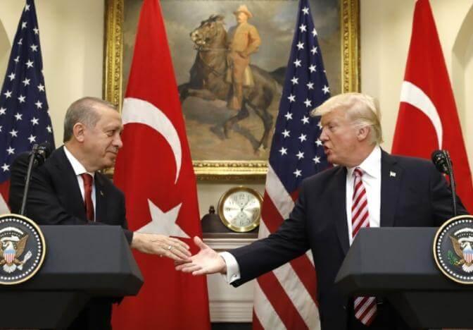 """Ξανά στο τηλέφωνο Τραμπ – Ερντογάν για δημιουργία """"ζώνης ασφάλειας"""" στη Συρία"""