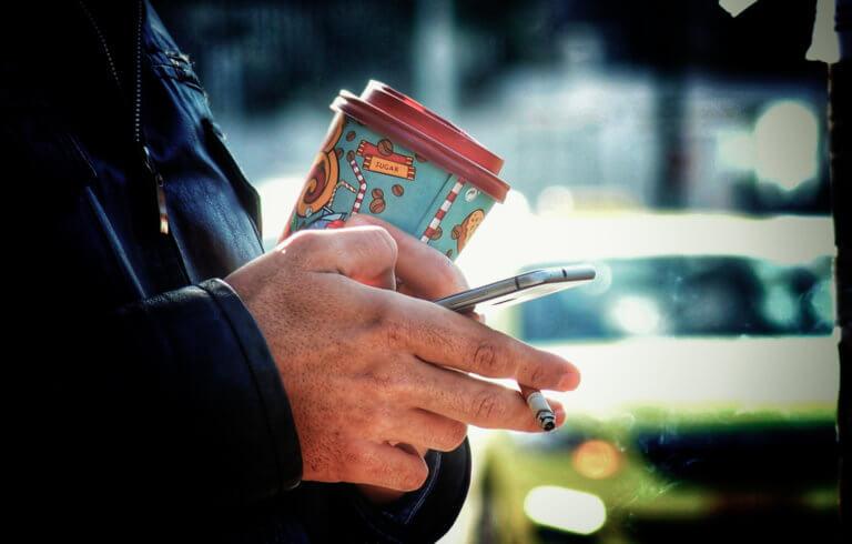 """Βόλος: Χαμός με το κάπνισμα στο νοσοκομείο – Οι """"θεριακλήδες"""" υπάλληλοι και οι καταγγελίες!"""