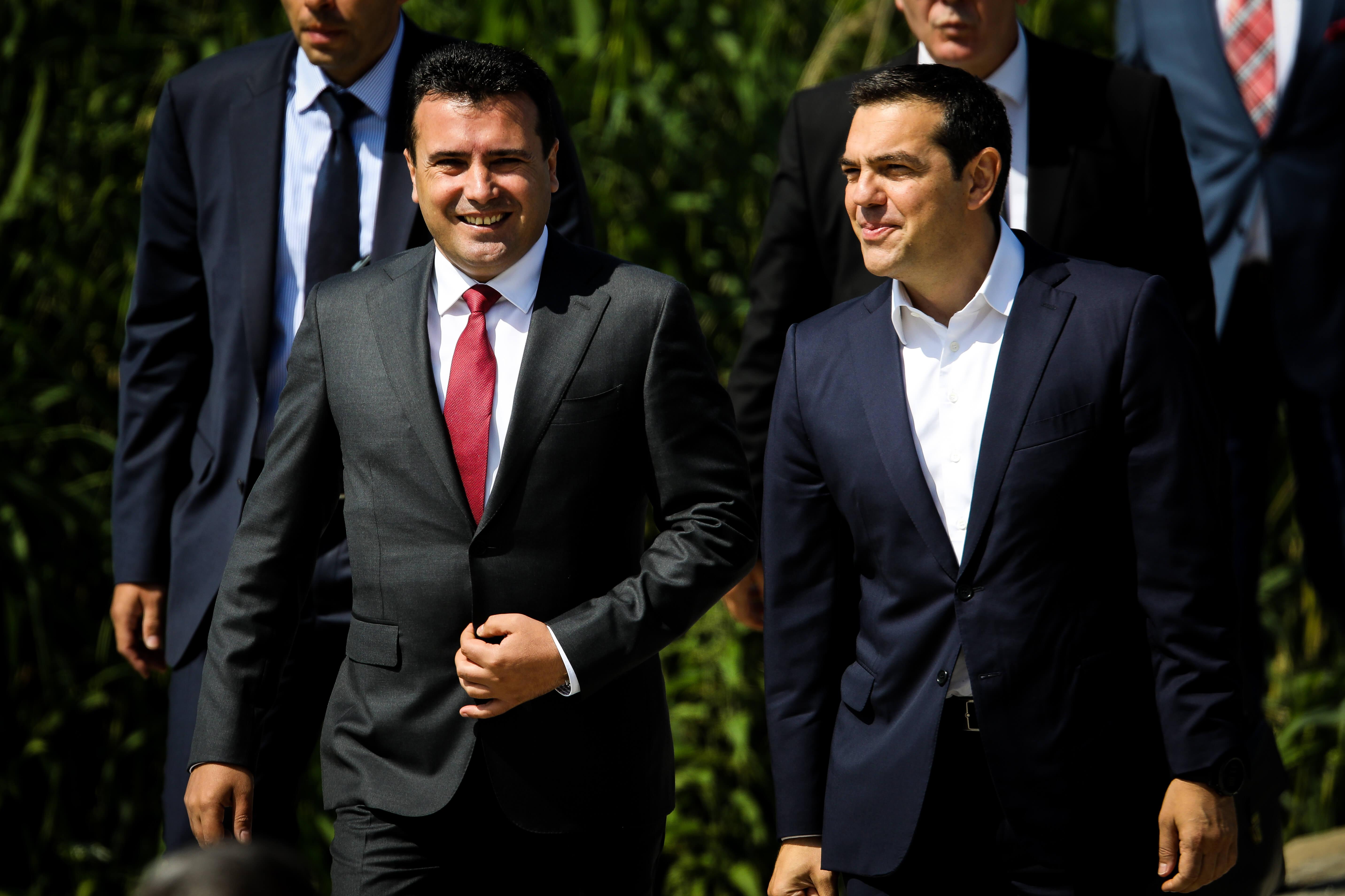 Βόρεια Μακεδονία: Μοιρασμένες οι γνώμες για τη Συμφωνία των Πρεσπών