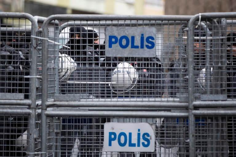 729 άτομα συνελήφθησαν σήμερα ως Γκιουλενιστές στην Τουρκία   Newsit.gr