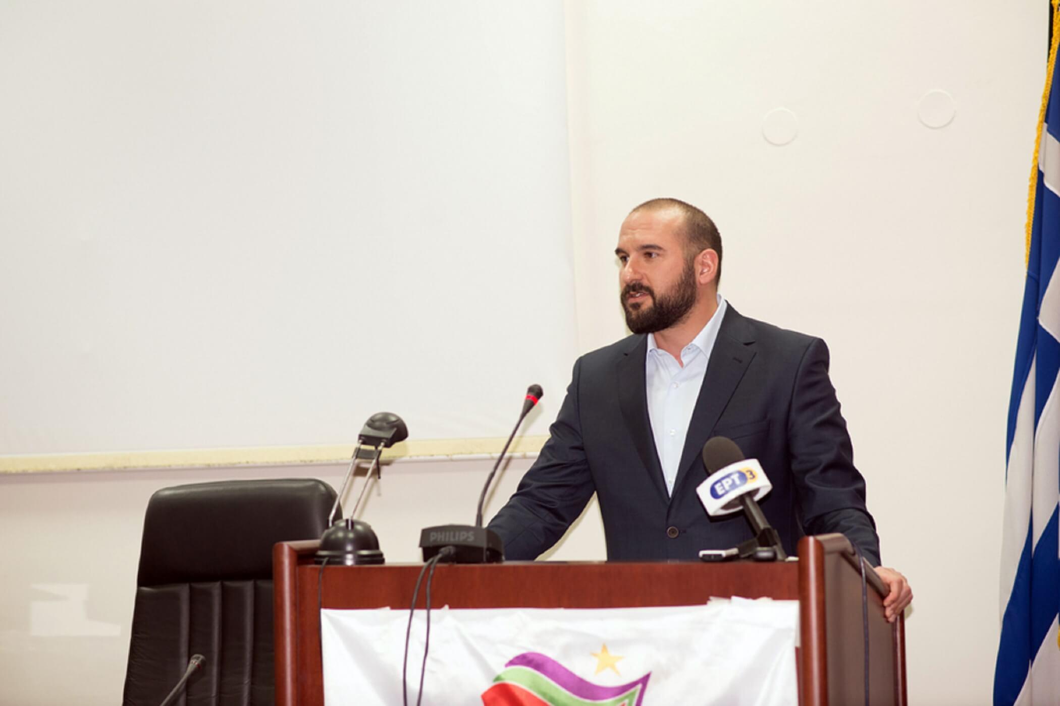 Τζανακόπουλος: Η Γεννηματά πήρε διαζύγιο από την προοδευτική παράταξη