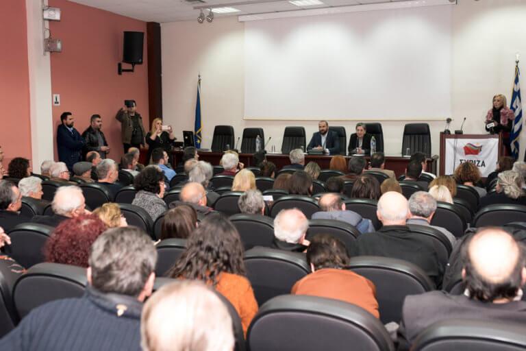 """Μια… ωραία ατμόσφαιρα στην ομιλία Τζανακόπουλου στην Κατερίνη – «Φασισταριό» και """"πόρτα"""" σε δημοσιογράφο"""