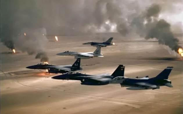 """Κόβουν την ανάσα τα μαχητικά αεροσκάφη F-16 και τα """"αγριεμένα"""" Apache της USAF! [vids]"""