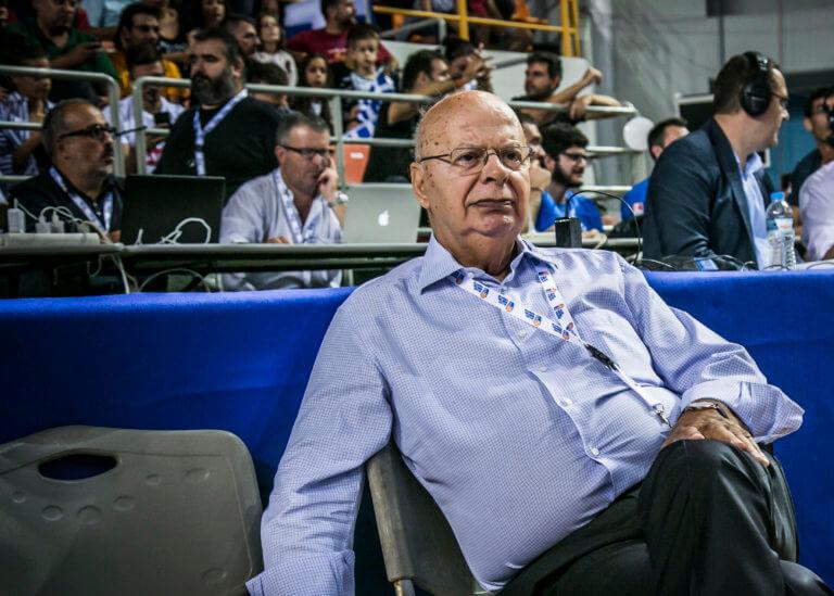 """Βασιλακόπουλος: """"Θα βρούμε επιτέλους και κάποιον να αντικαταστήσει τον Μπουρούση"""""""