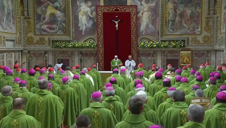 Βατικανό: Να τεθούν εκτός εκκλησίας οι παιδόφιλοι κληρικοί ζητούν τα θύματα | Newsit.gr