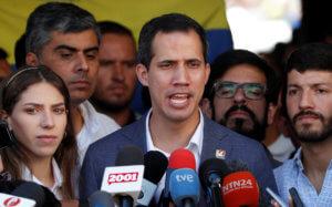 Βενεζουέλα: Έφυγε από το Καράκας ο Γουαϊδό