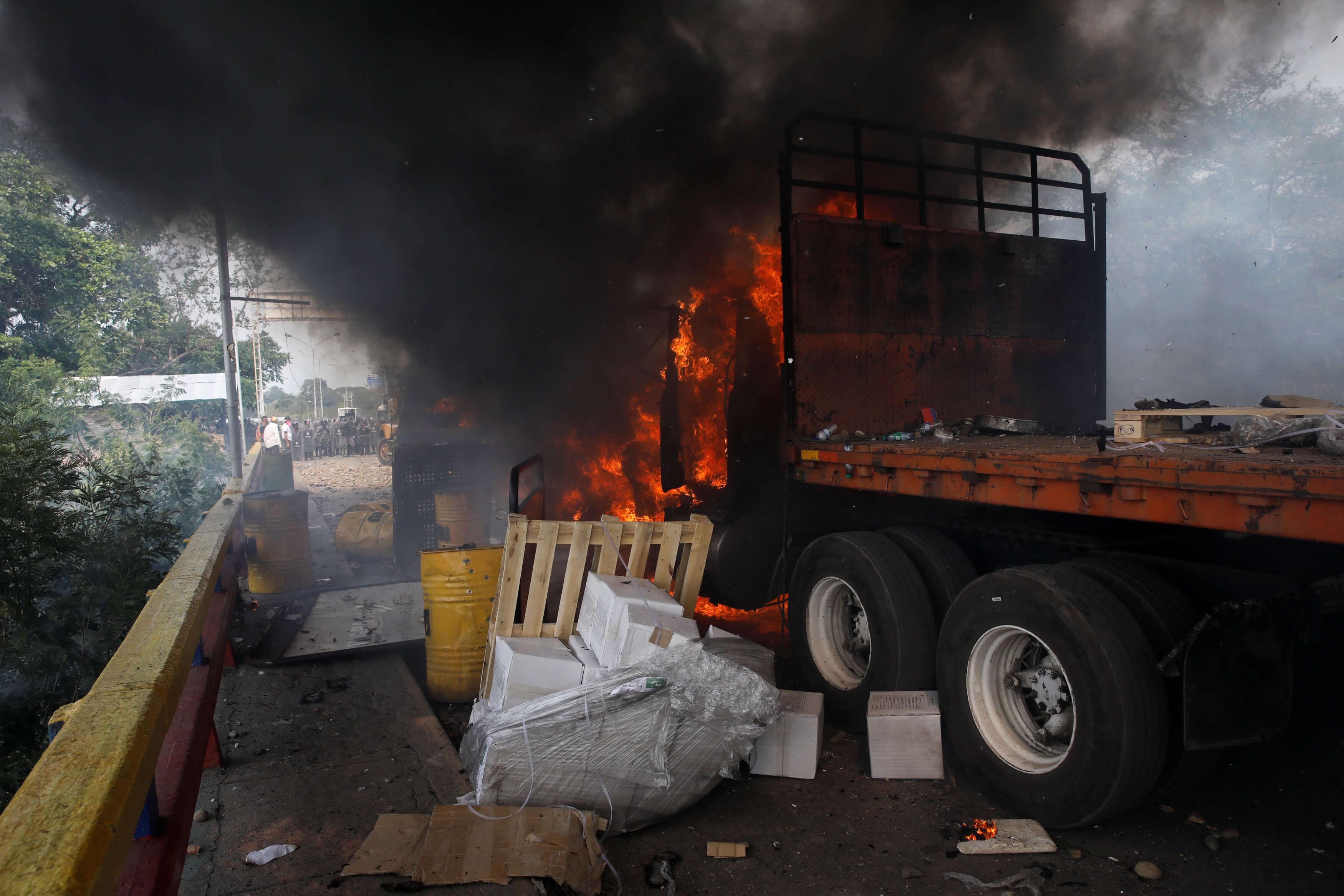 Σοκ! Ένα 14χρονο παιδί ανάμεσα στους νεκρούς στη Βενεζουέλα!