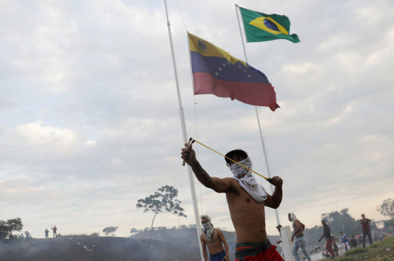 Βενεζουέλα: Μυρίζει μπαρούτι! Νεκροί και εκατοντάδες τραυματίες!