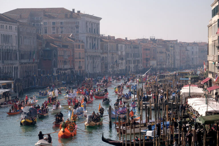 Οι τουρίστες θα πληρώνουν… είσοδο για να μπουν στη Βενετία | Newsit.gr