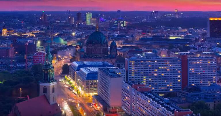 """""""Χάος"""" στο Βερολίνο – Χωρίς ρεύμα για ώρες η μισή πόλη"""