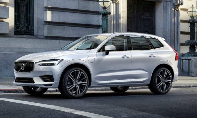 H Volvo ανακαλεί 167.000 XC60 | Newsit.gr