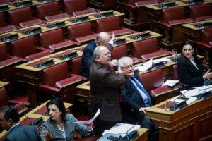 Κόντρες εκτός ελέγχου στη Βουλή για τον Νίκο Γεωργιάδη