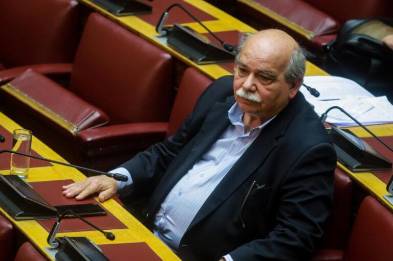 """Βουλή: Παρέμβαση Βούτση και… παράταση για το """"αλαλούμ""""!"""