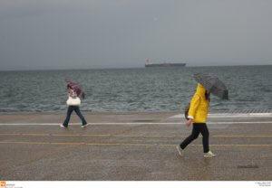 Πολιτική Προστασία: Συμβουλές προστασίας για τις έντονες βροχοπτώσεις