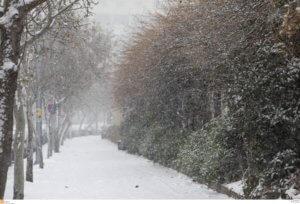 Καιρός: «Φορτωμένη» έρχεται η «Ωκεανίς» – Χιόνια, θυελλώδεις άνεμοι και πτώση θερμοκρασίας μέχρι 15 βαθμούς!