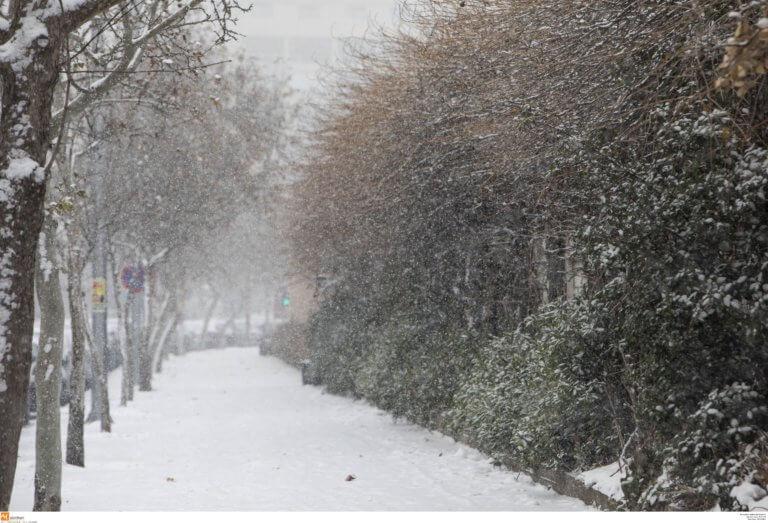 """Καιρός: """"Φορτωμένη"""" έρχεται η """"Ωκεανίς"""" – Χιόνια, θυελλώδεις άνεμοι και πτώση θερμοκρασίας μέχρι 15 βαθμούς!"""
