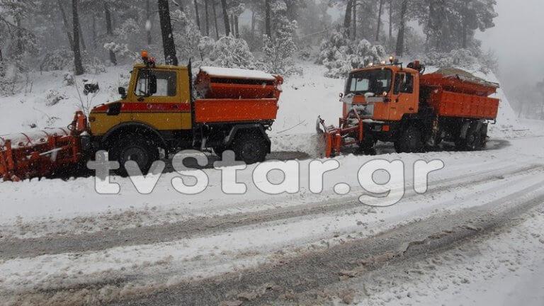 «Σαρώνει» και την Εύβοια η Χιόνη – video, pics | Newsit.gr