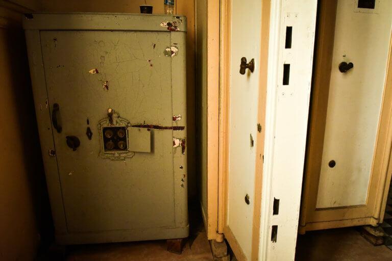 Απίστευτη κλοπή στα Χανιά – 14χρονοι «άνοιξαν» χρηματοκιβώτιο με 1.500 ευρώ