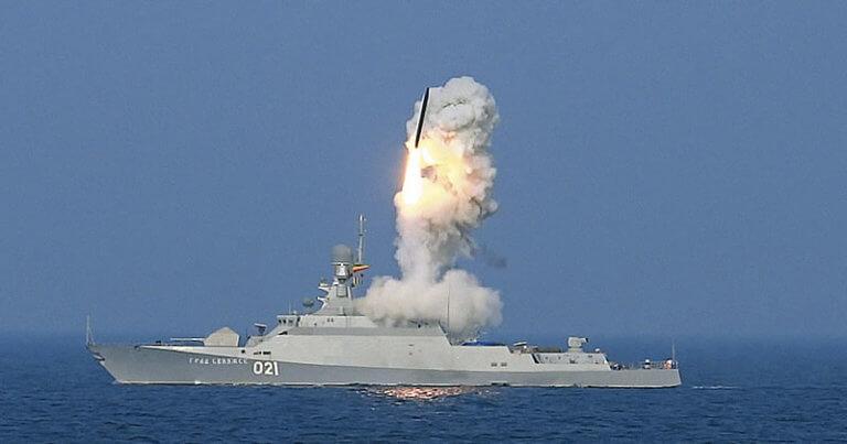 """Απειλητικό μήνυμα από Ρώσο Ναύαρχο στις ΗΠΑ: """"Οι πύραυλοι μας θα σας ισοπεδώσουν σε 5 λεπτά""""!   Newsit.gr"""