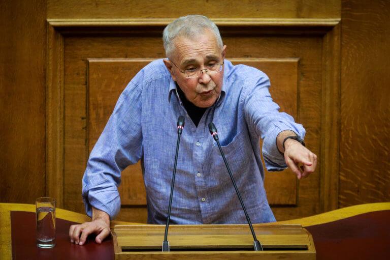 Τους «έκαψε» ο Ζουράρις με το «μαξιλάκας» | Newsit.gr