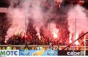 """ΑΕΚ: Επίσκεψη οπαδών στα Σπάτα! """"Απαράδεκτη εικόνα, πάρτε το Κύπελλο"""""""