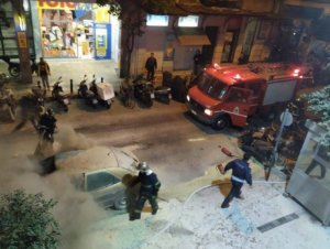 Αστυνομικοί: Αλωνίζουν οι μπαχαλάκηδες – Θα θρηνήσουμε νεκρούς!