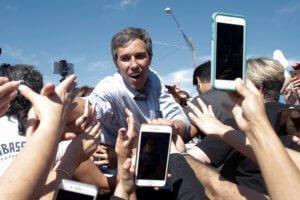 ΗΠΑ – Προεδρικές εκλογές 2020: Το νέο αστέρι του Τέξας διεκδικεί το χρίσμα των Δημοκρατικών!