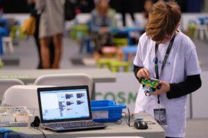 Πανελλήνιος Διαγωνισμός Εκπαιδευτικής Ρομποτικής: Η εκπαιδευτική ρομποτική κερδίζει συνεχώς έδαφος στην Ελλάδα, με ολοένα και περισσότερες συμμετοχές