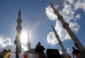 Τουρκία εκλογές: Νέες απειλές Ερντογάν κατά των Κούρδων μια μέρα πριν την κάλπη
