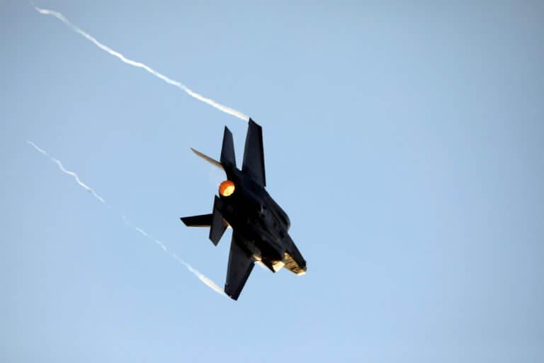 Πεντάγωνο: Να μην δοθούν τα F-35 στην Τουρκία, αν αγοράσει από την Μόσχα τους S-400 | Newsit.gr