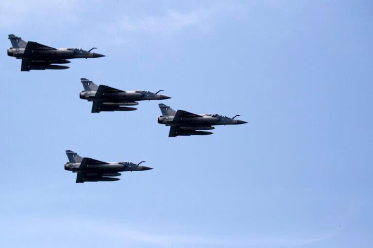 """Κούλουμα πάνω από το Αιγαίο – Ελληνικοί """"αετοί"""" αναχαίτισαν τουρκικά μαχητικά αεροσκάφη!   Newsit.gr"""