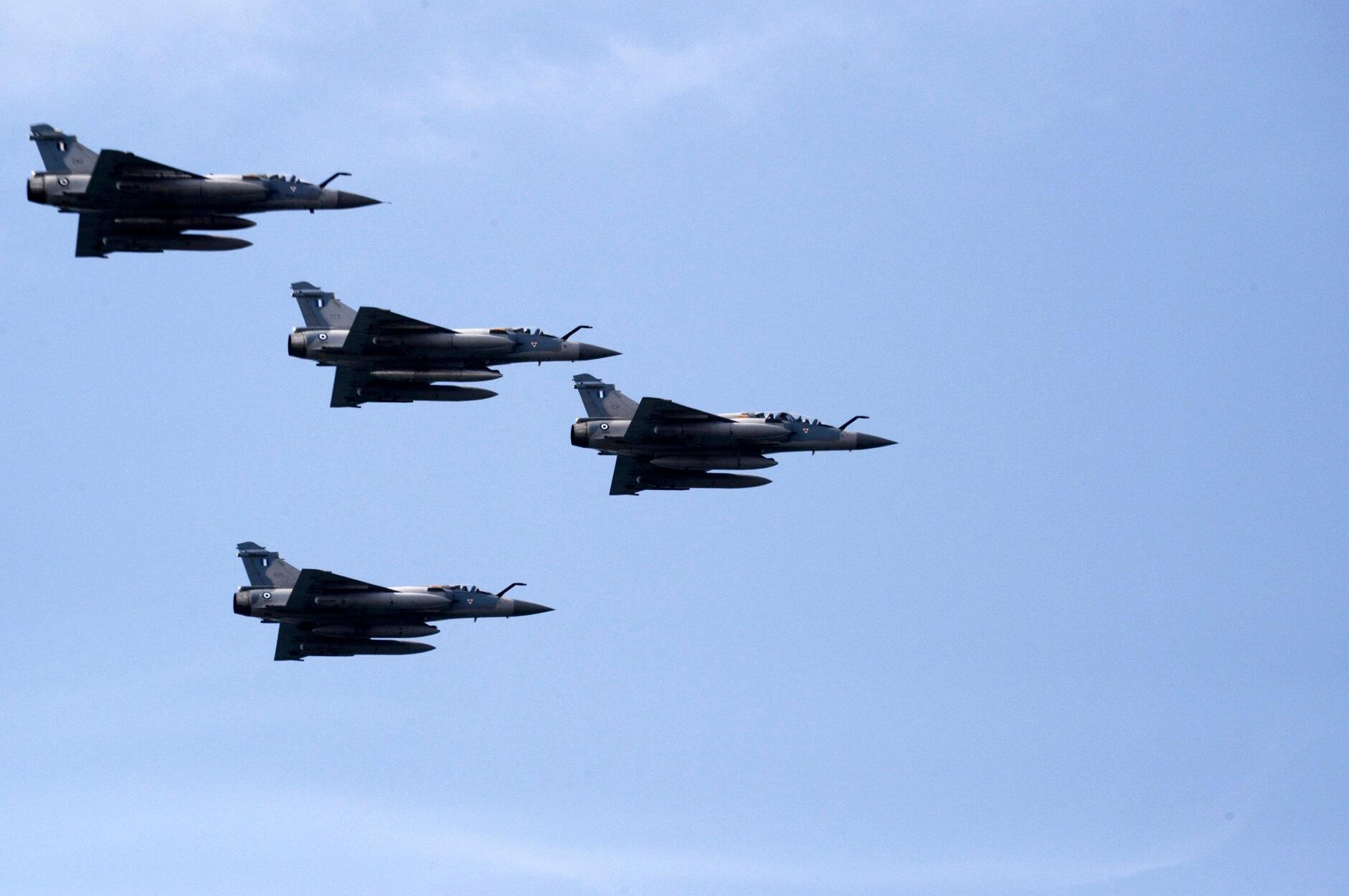"""Κούλουμα πάνω από το Αιγαίο – Ελληνικοί """"αετοί"""" αναχαίτισαν τουρκικά μαχητικά αεροσκάφη!"""
