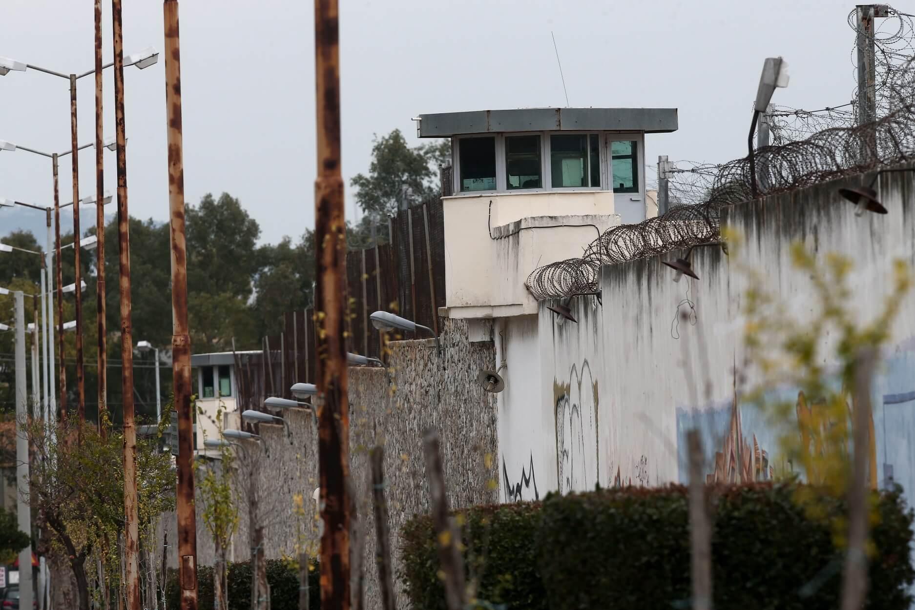 Μαφία φυλακών: Θα μαχαίρωναν τον Βορίδη μέσα στο δικαστήριο!