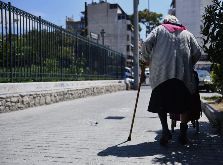 Κρήτη: Έκαναν «χρυσές» δουλειές… εξαπατώντας ηλικιωμένους – Δύο συλλήψεις | Newsit.gr