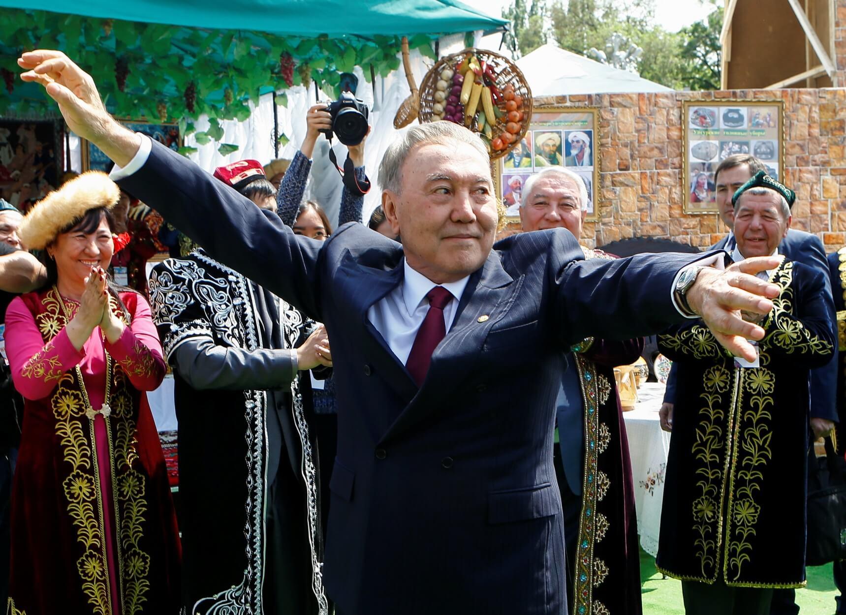 Καζακστάν – Ναζαρμπάγεφ: Η πρωτεύουσα παίρνει το όνομά του και η κόρη του τη Γερουσία