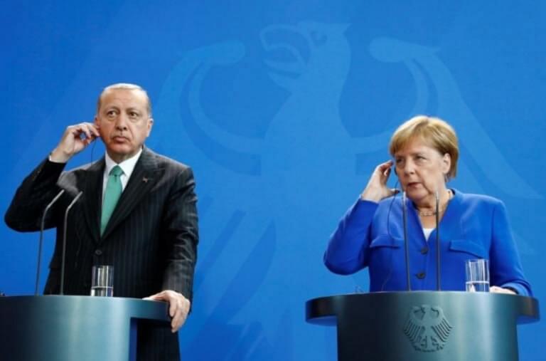 Ερντογάν: Απελαύνει Γερμανούς δημοσιογράφους, ως αντίποινα στην αυστηροποιημένη ταξιδιωτική οδηγία της Μέρκελ!