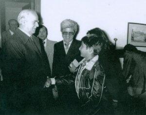 Μητσοτάκης: Πόσταρε απίστευτη φωτογραφία του με τον Κων/νο Καραμανλή και μία ρήση του Εθνάρχη!