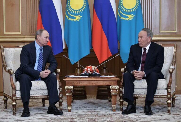 Ναζαρμπάγεφ: Τα 'βαψε… μαύρα ο Πούτιν με την παραίτηση του τελευταίου Σοβιετικού ολιγάρχη