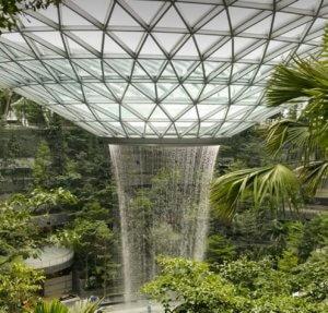 Σιγκαπούρη: Εγκαινιάζεται ο πιο ψηλός καταρράκτης κλειστού χώρου! – video
