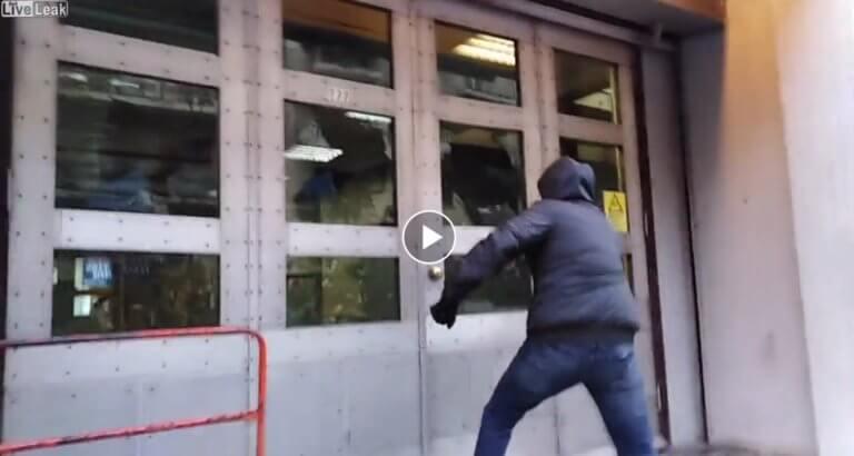 """""""Ρουβίκωνας"""": Καρέ – καρέ η επιδρομή στα γραφεία της ΔΕΔΔΗΕ! video"""